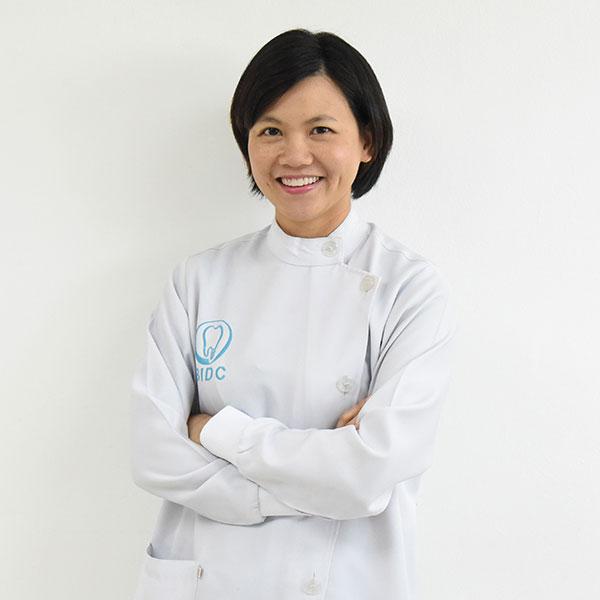 วนัสนันท์ กาวดิลก Bangkok Dentist